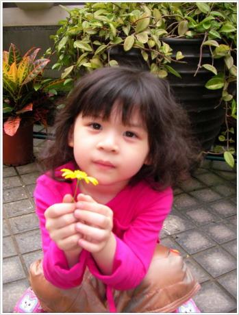 很難想像當初這麼小小的蝴蝶已經要上小一了~~