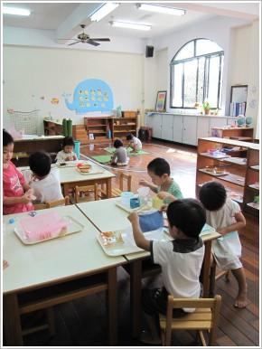 ※ 沒裝冷氣的台中鴻德幼稚園令我驚豔, 這世界上真的有不裝冷氣的幼稚園⋯⋯ 照片 / 鴻德提供